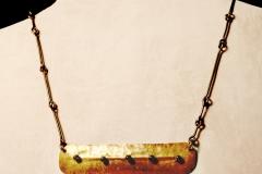 bar-necklaced